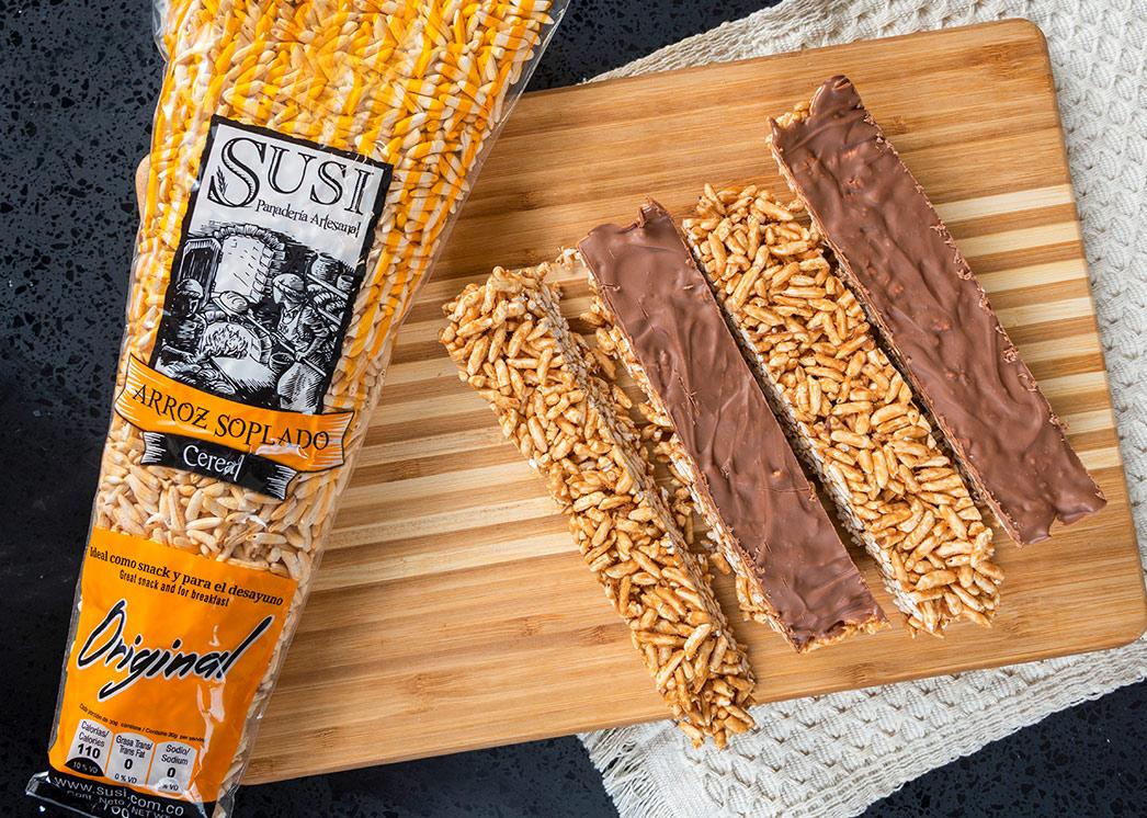Barras de arroz soplado SUSI, con crema de maní y chocolate